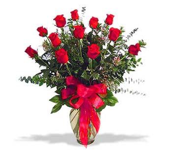 çiçek siparisi 11 adet kirmizi gül cam vazo  Kütahya İnternetten çiçek siparişi