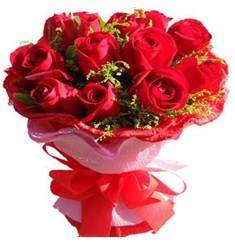 9 adet kirmizi güllerden kipkirmizi buket  Kütahya yurtiçi ve yurtdışı çiçek siparişi
