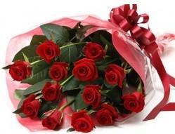 Kütahya çiçek satışı  10 adet kipkirmizi güllerden buket tanzimi