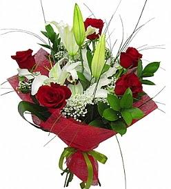 1 dal kazablanka 5 kırmızı gül buketi  Kütahya çiçek siparişi sitesi