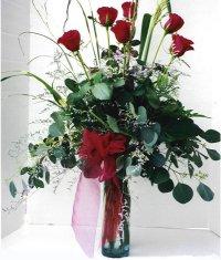 Kütahya kaliteli taze ve ucuz çiçekler  7 adet gül özel bir tanzim
