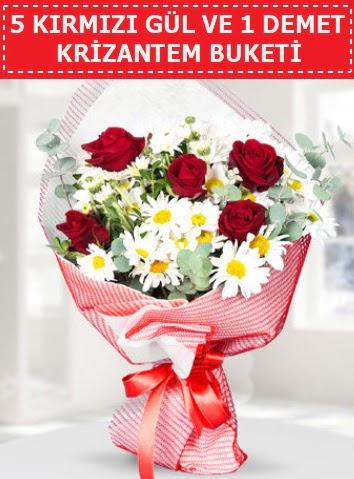 5 adet kırmızı gül ve krizantem buketi  Kütahya anneler günü çiçek yolla