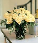 Kütahya kaliteli taze ve ucuz çiçekler  11 adet sari gül mika yada cam vazo tanzim