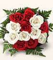 Kütahya hediye sevgilime hediye çiçek  10 adet kirmizi beyaz güller - anneler günü için ideal seçimdir -