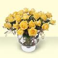 Kütahya 14 şubat sevgililer günü çiçek  11 adet sari gül cam yada mika vazo içinde