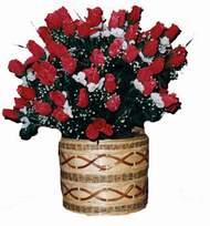 yapay kirmizi güller sepeti   Kütahya çiçek siparişi sitesi