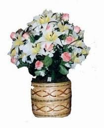 yapay karisik çiçek sepeti   Kütahya hediye çiçek yolla