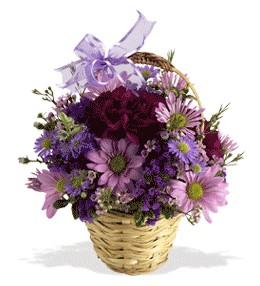 Kütahya çiçek gönderme  sepet içerisinde krizantem çiçekleri