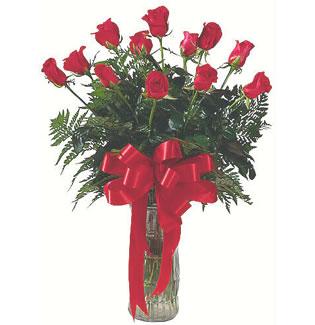 12 adet gül cam içerisinde  Kütahya çiçek yolla