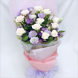 Kütahya güvenli kaliteli hızlı çiçek  BEYAZ GÜLLER VE KIR ÇIÇEKLERIS BUKETI