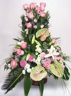 Kütahya çiçek online çiçek siparişi  özel üstü süper aranjman