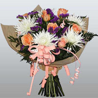 güller ve kir çiçekleri demeti   Kütahya yurtiçi ve yurtdışı çiçek siparişi