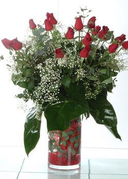 Kütahya internetten çiçek satışı  11 adet kirmizi gül ve cam yada mika vazo tanzim