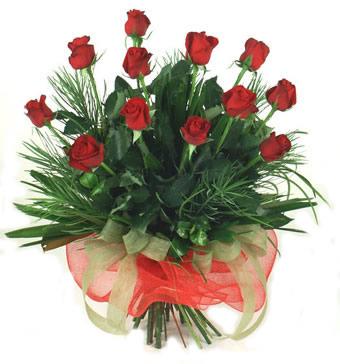 Çiçek yolla 12 adet kirmizi gül buketi  Kütahya internetten çiçek satışı