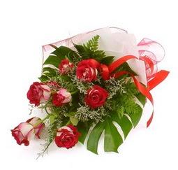 Çiçek gönder 9 adet kirmizi gül buketi  Kütahya çiçek yolla , çiçek gönder , çiçekçi