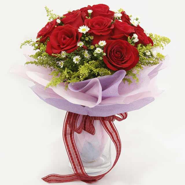Çiçek gönderme estetikliginiz 11 gül buket  Kütahya çiçek mağazası , çiçekçi adresleri