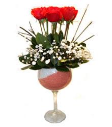 Kütahya yurtiçi ve yurtdışı çiçek siparişi  cam kadeh içinde 7 adet kirmizi gül çiçek