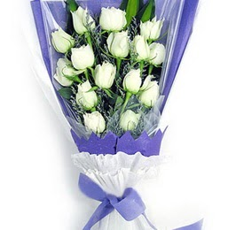 Kütahya çiçek mağazası , çiçekçi adresleri  11 adet beyaz gül buket modeli