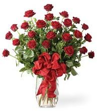 Sevgilime sıradışı hediye güller 24 gül  Kütahya çiçekçi telefonları