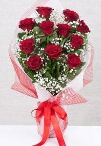 11 kırmızı gülden buket çiçeği  Kütahya çiçekçi telefonları
