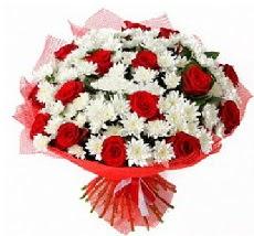 11 adet kırmızı gül ve 1 demet krizantem  Kütahya çiçekçi mağazası