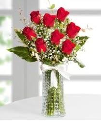 7 Adet vazoda kırmızı gül sevgiliye özel  Kütahya kaliteli taze ve ucuz çiçekler