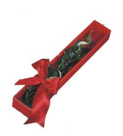 Kütahya ucuz çiçek gönder  tek kutu gül sade ve sik