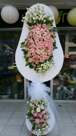 Çift katlı özel şahane sepet çiçeği  Kütahya 14 şubat sevgililer günü çiçek